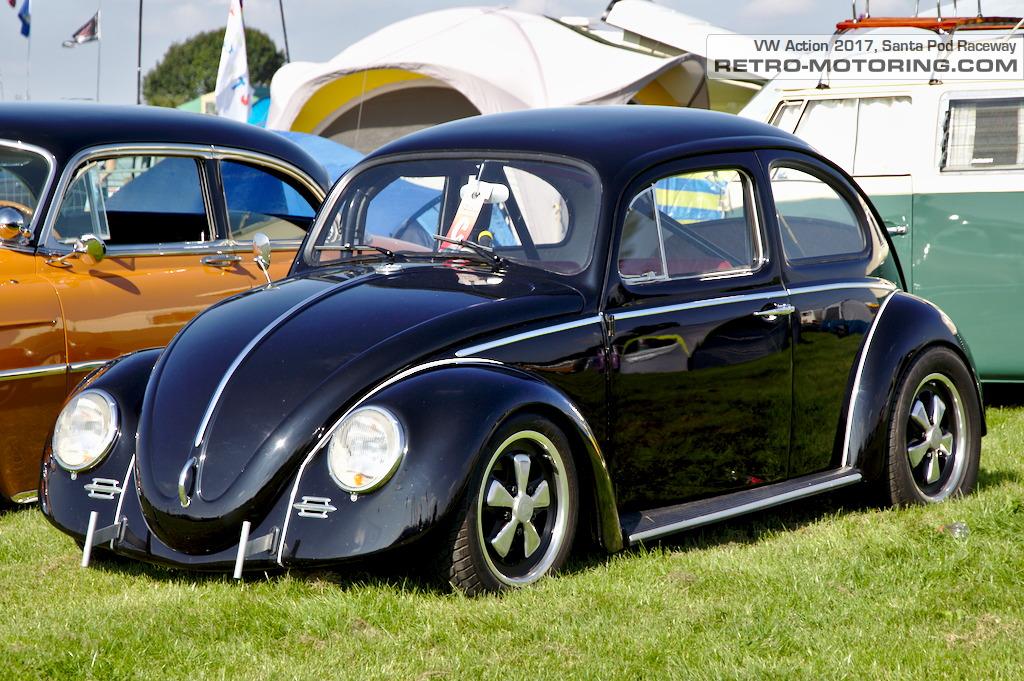 black cal look vw beetle vw action 2017 retro motoring. Black Bedroom Furniture Sets. Home Design Ideas