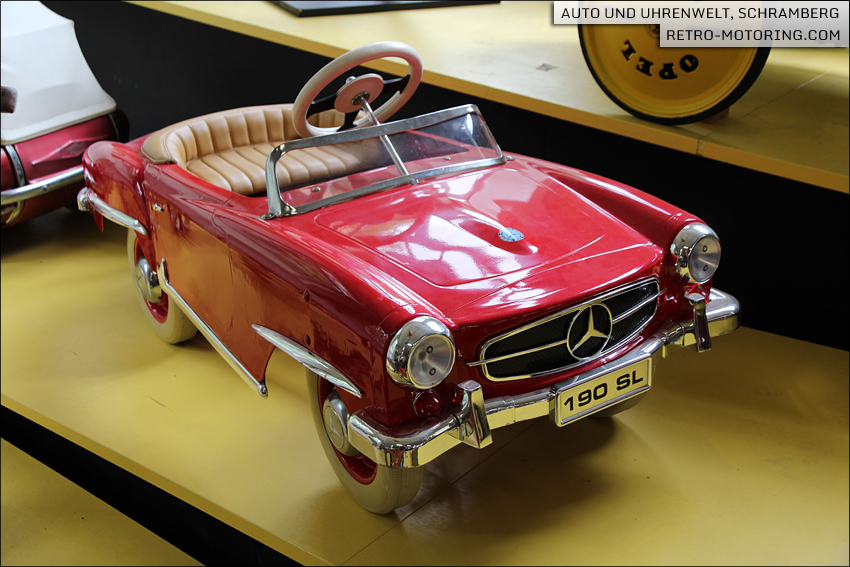 Mercedes benz 190 sl pedal car retro motoring for Mercedes benz pedal car
